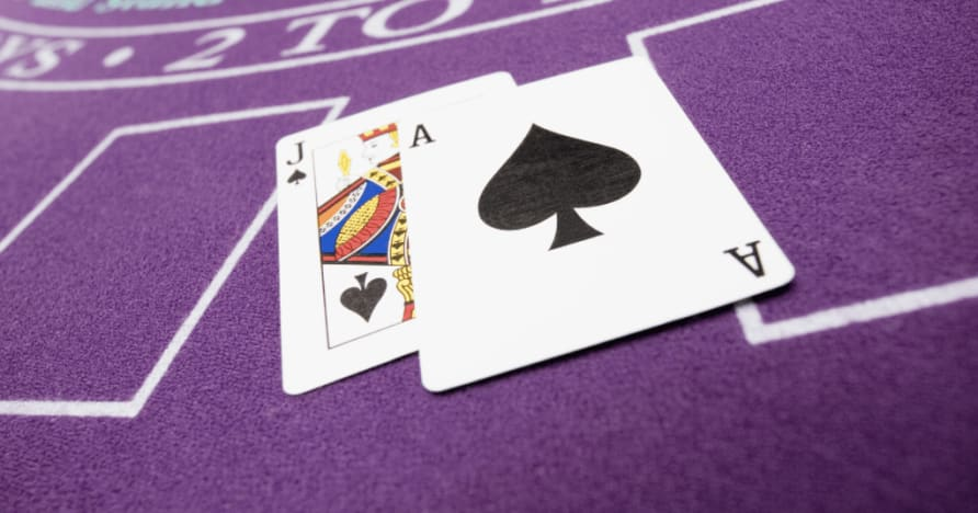 Live-Blackjack-Etikette und Tipps erklärt: Wie man sich verhält
